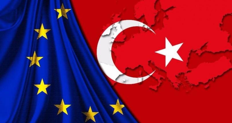 """الإتحاد الأوروبي يعدل توقعاته """"إيجاباً"""" حول نمو الاقتصاد التركي"""